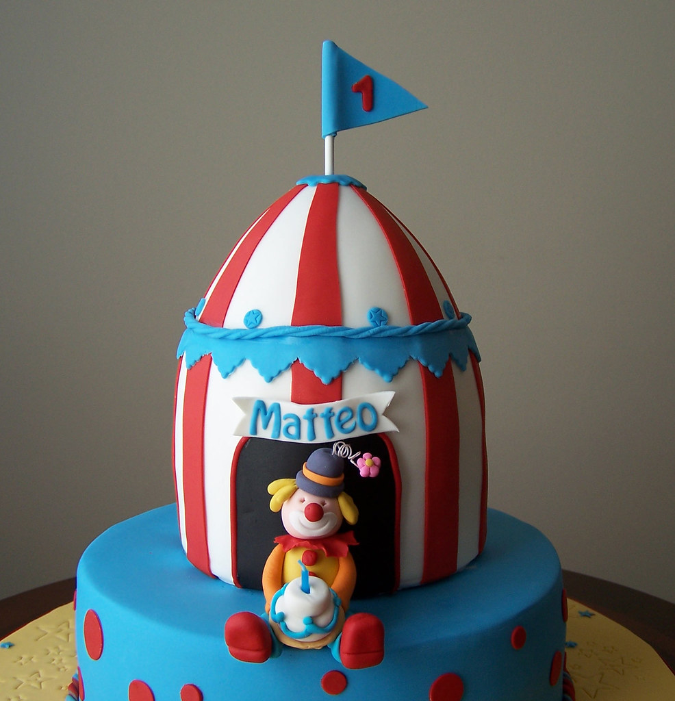 Circus Tent And Clown Cake Beth Flickr