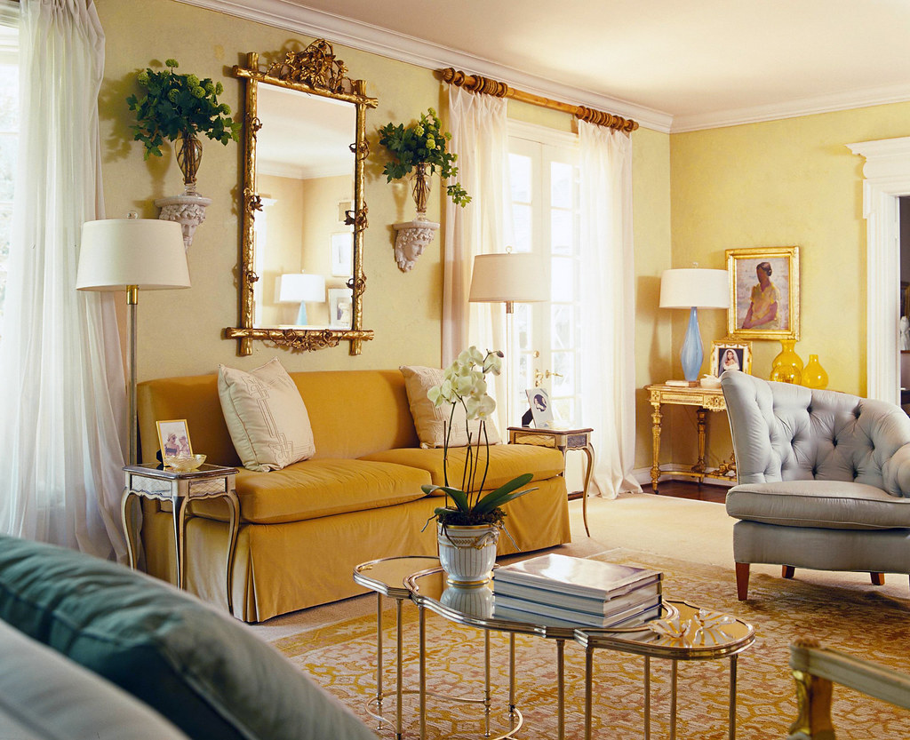 Hawthorne yellow hc 4 benjamin moore colors flickr for 1 living room 4 color schemes
