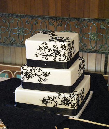 black and white square wedding cake designs w9100 white black filigree wedding cake w9100 a 3 11839
