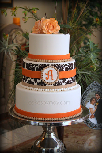 Autum Cake - CakeCentral Magazine | by Cakes by Maylene