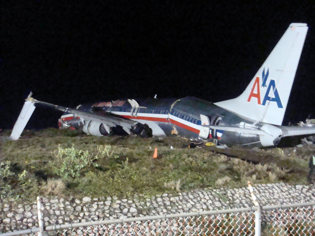 american airlines aa331 plane crash in jamaica 22nd decem