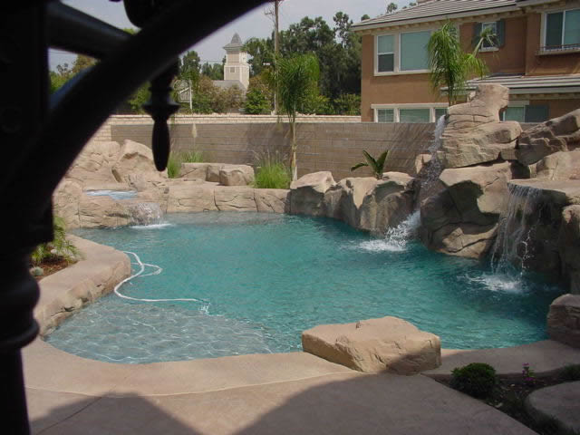 Custom Swimming Pool Water Feature Design Rock Water