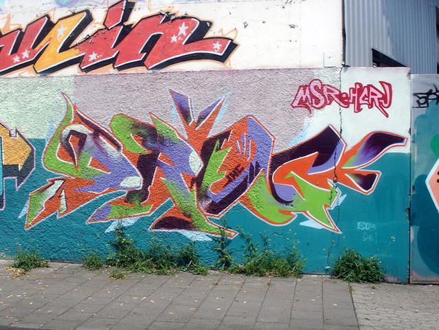 Graffiti Düsseldorf graffiti in düsseldorf 2009 artist s msr hcru flickr
