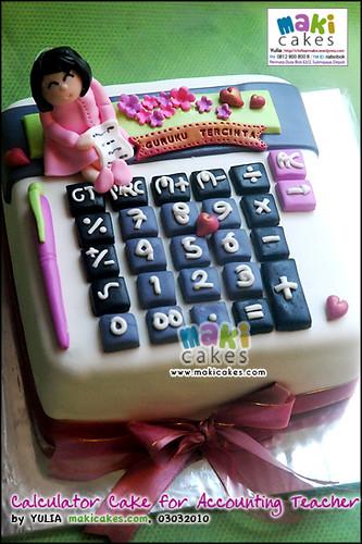 Calculator Cake for Accounting Teacher_ - Maki Cakes | Flickr