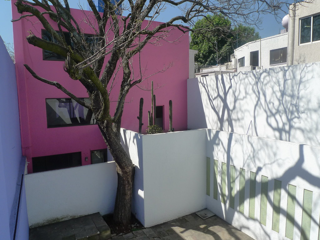 Luis Barragan S Casa Gilardi On The Roof This Photo Is