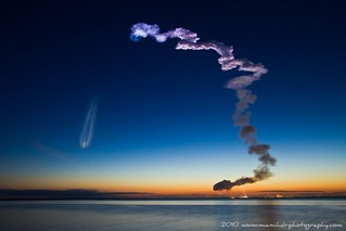 Space Shuttle Discovery Launch 10 Second Exposure of Smoke Trail | by dgmiami