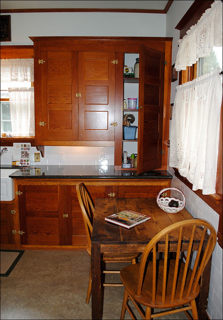 C 1915 Kitchen With Douglas Fir Cabinets This Kitchen