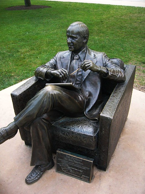 Bob Newhart Statue The statues depict Dr Hartley  : 45825891942787a30a18z from www.flickr.com size 375 x 500 jpeg 162kB