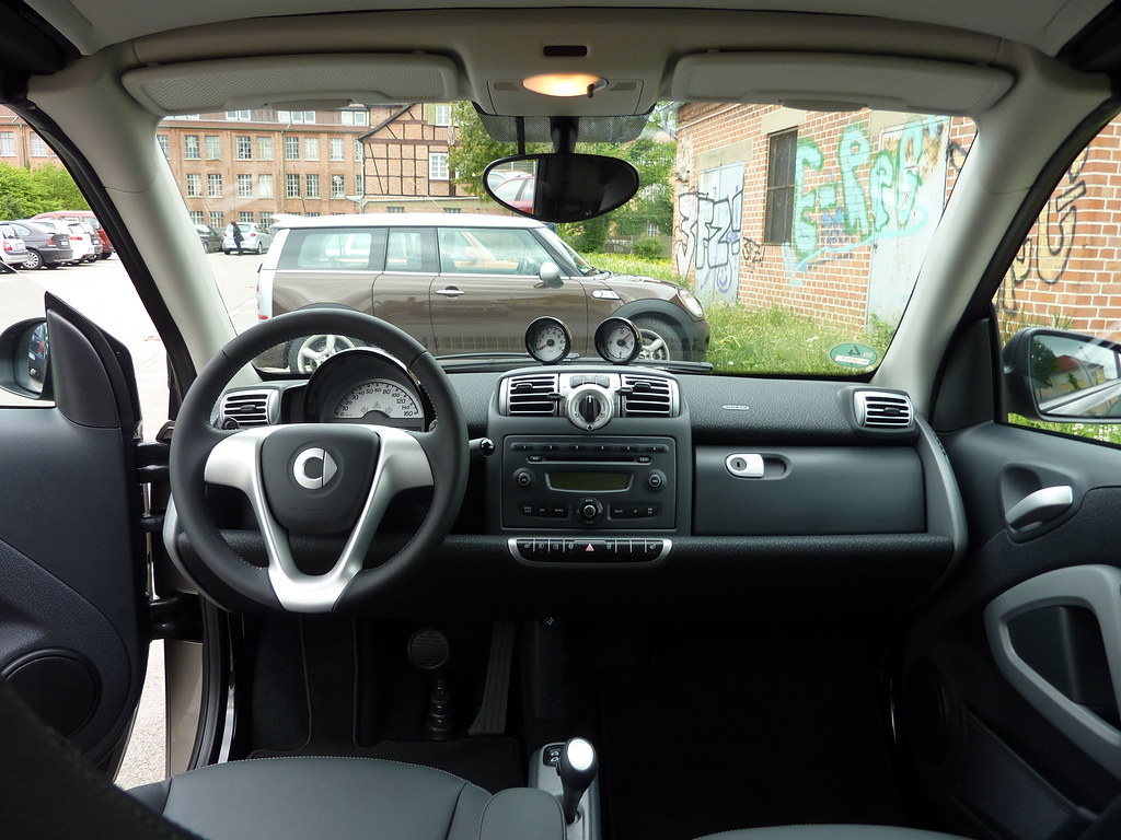 Smart fortwo cabrio 451 inside interieur fabian flickr for Smart interieur