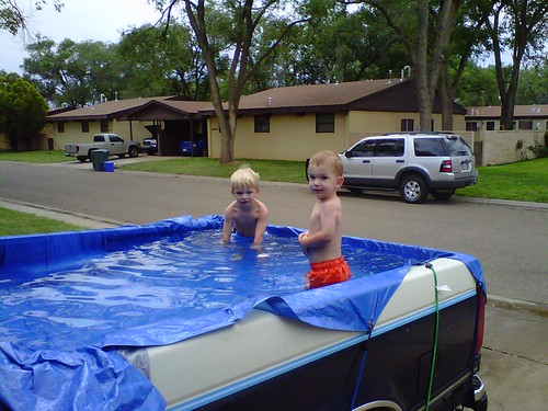 Redneck swimming pool blackberry our neighbor 39 s filled for Swimming pool bed