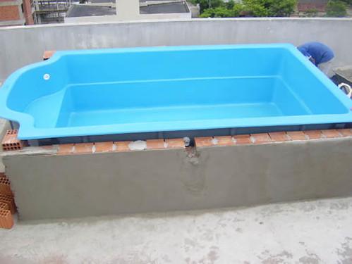 Ja tem agua e o equipamento est instalado piscina de for Piscinas de fibra pequenas precios