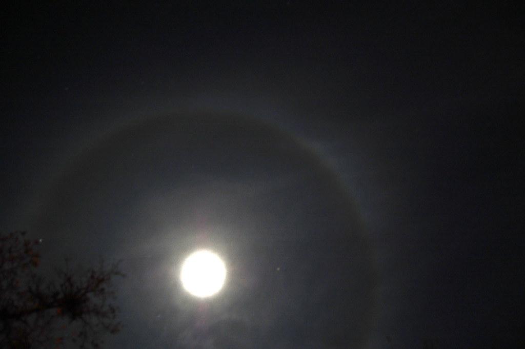 ring around the moon ring around the moon while