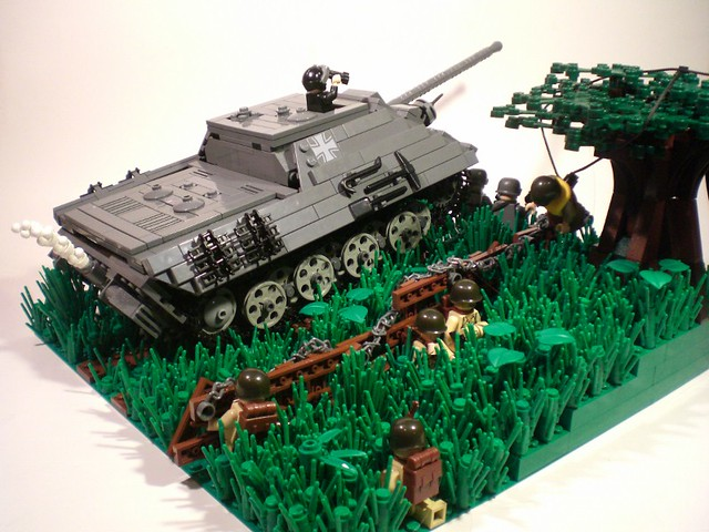 Как сделать лего танк немецкий