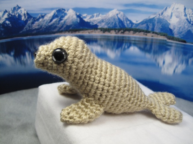 Stitch Amigurumi Crochet Pattern : Amigurumi Seal Free pattern available here SP ...