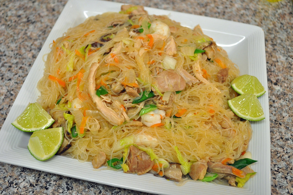 how to cook pancit canton and bihon