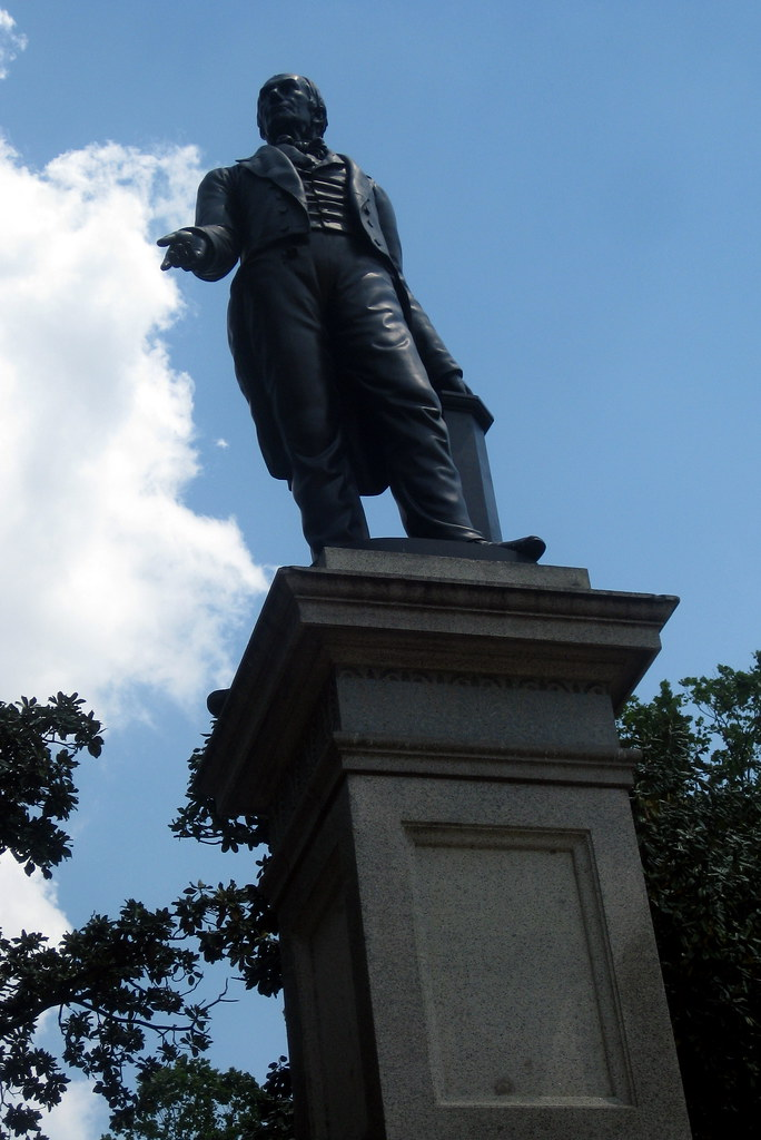 New Orleans - CBD: Lafayette Square - Henry Clay Monument ...