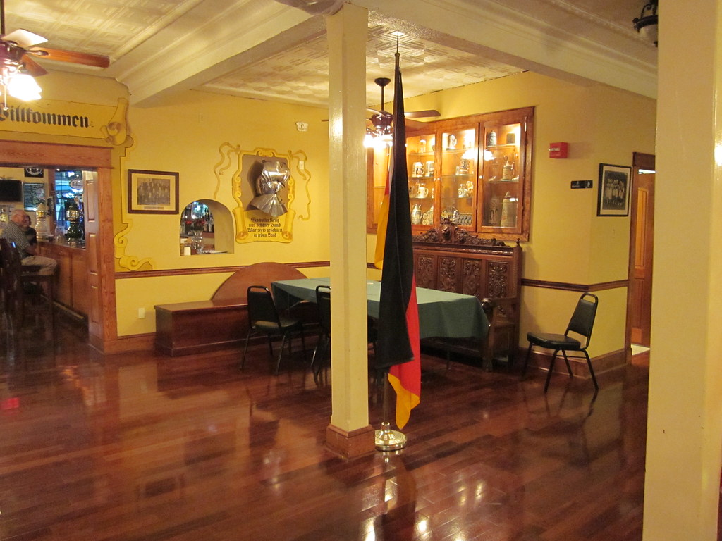 deutsches haus nola interior de flag deutsches haus mid c flickr. Black Bedroom Furniture Sets. Home Design Ideas