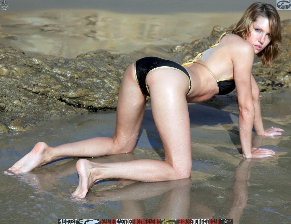 45Surf Bikini Model Matador Malibu Swimsuit Beautiful Woma -7541