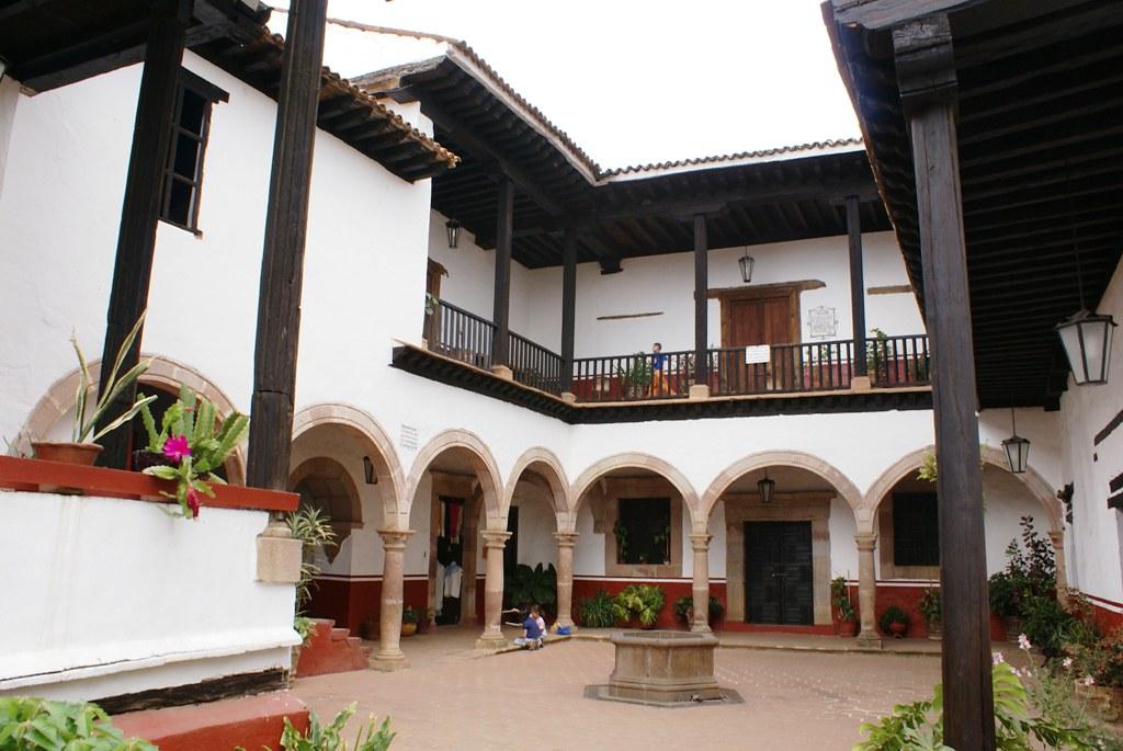 2 7 actual casa de los once patios p tzcuaro michoac n flickr - Casa en sabadell centro ...