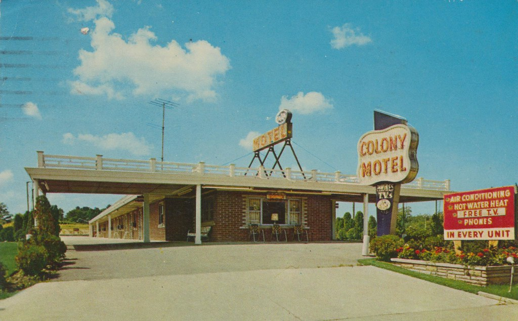 Colony Motel - Strongsville, Ohio