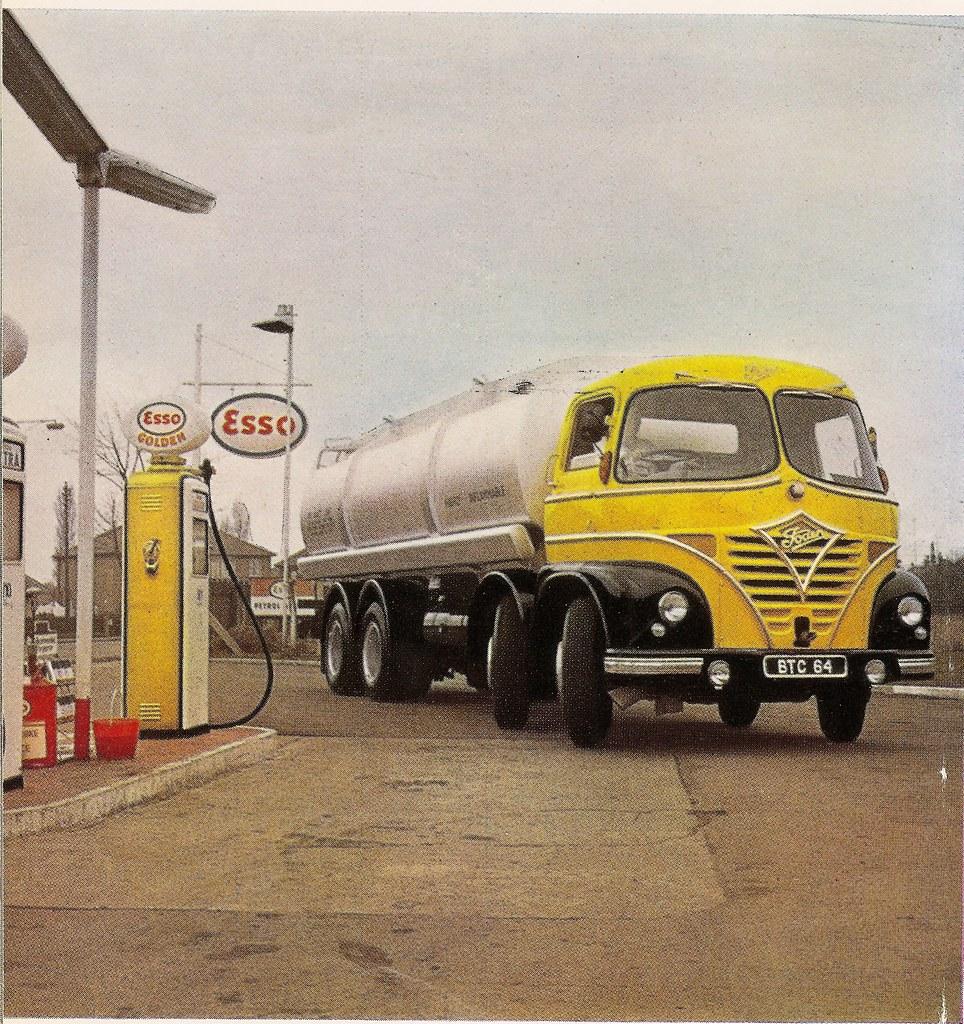 British Railways Leapfrog Quot Petrol Tanker On Foden Chassi