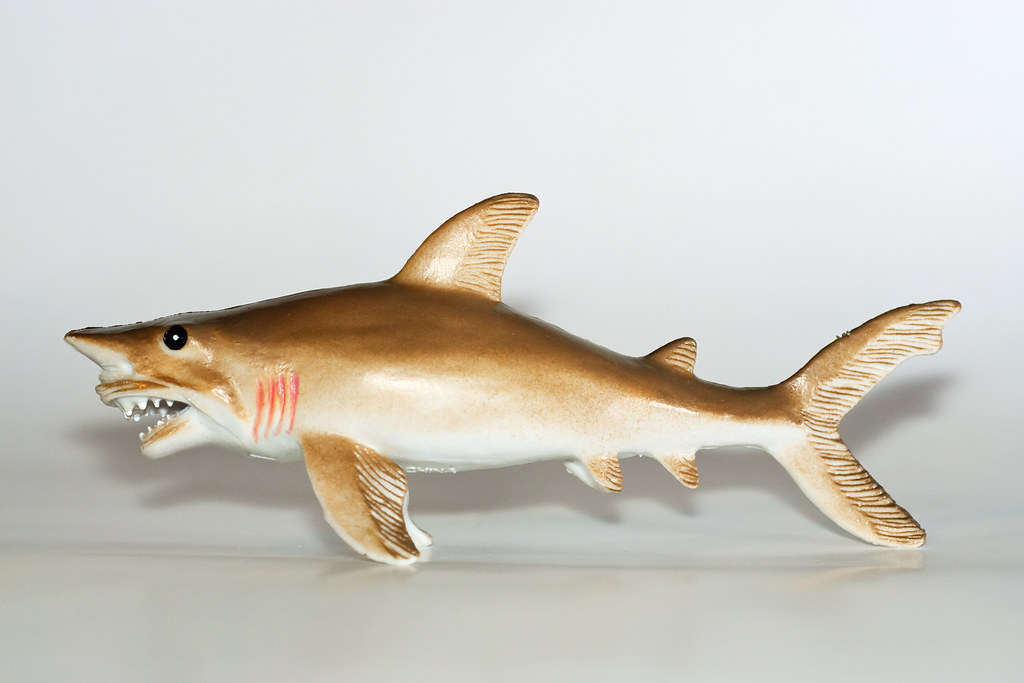 Lemon Shark Toys : Bad shark toy looks kind of like a goblin