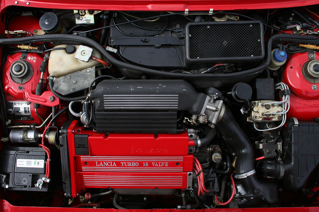Lancia Delta HF integrale 16v engine bay | malsakalsa | Flickr