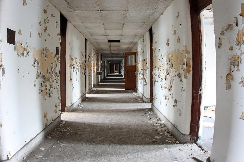 Hallway Abandoned St Mary S Mercy Hospital In Gary Indi