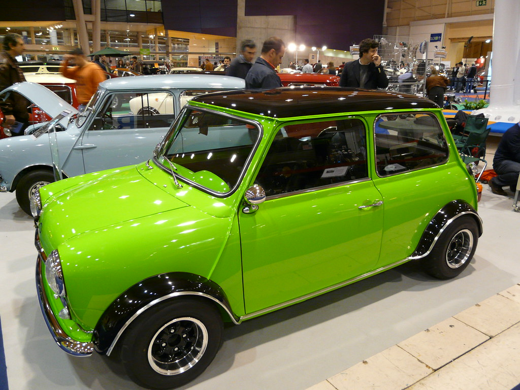green mini cooper cars green mini cooper shot with. Black Bedroom Furniture Sets. Home Design Ideas