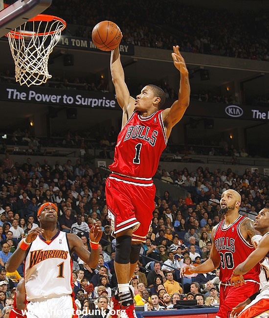 Chicago Bulls Derrick Rose Dunking