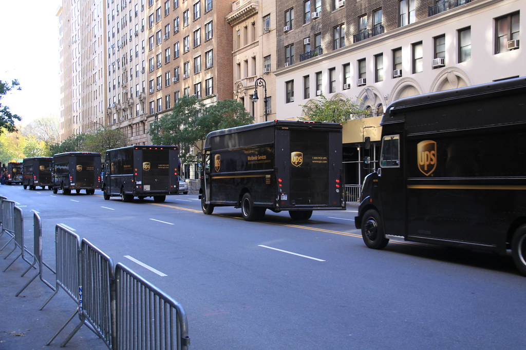 UPS Truck Line | Crazy line of UPS trucks delivering stuff ...