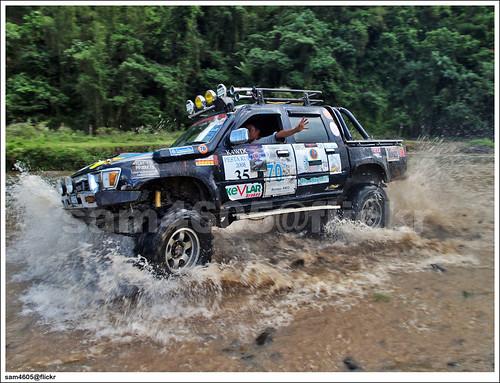 Tambunan 4x4 Challenge Toyota Hilux Drift 4x4 Drift In