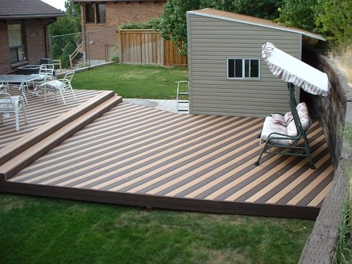 Trex Saddle And Woodland Brown Decking Striped