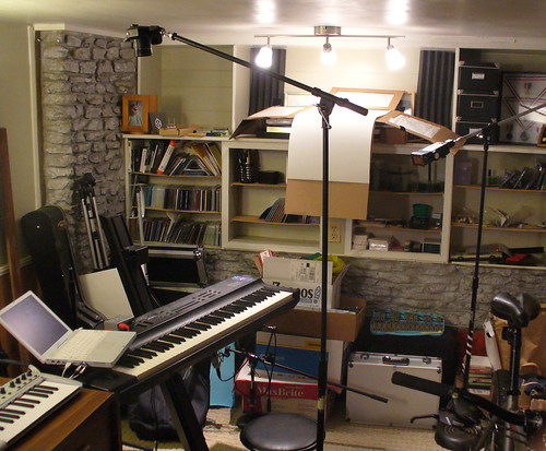 5/52: setup shot for Bill Van Loo iBook instrument station portrait | by chromedecay