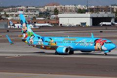 Alaska Airlines Boeing 737-990 - N318AS - Disneyland | by zonaphoto