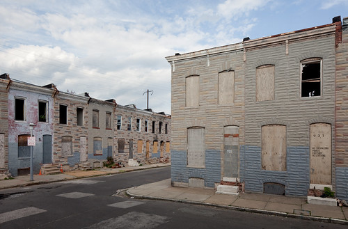 Abandoned Row Houses | Flickr - Photo Sharing!: https://www.flickr.com/photos/metroblossom/4527616878