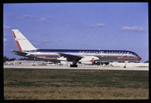 American Airlines 757 Retro Jet Miami 2003