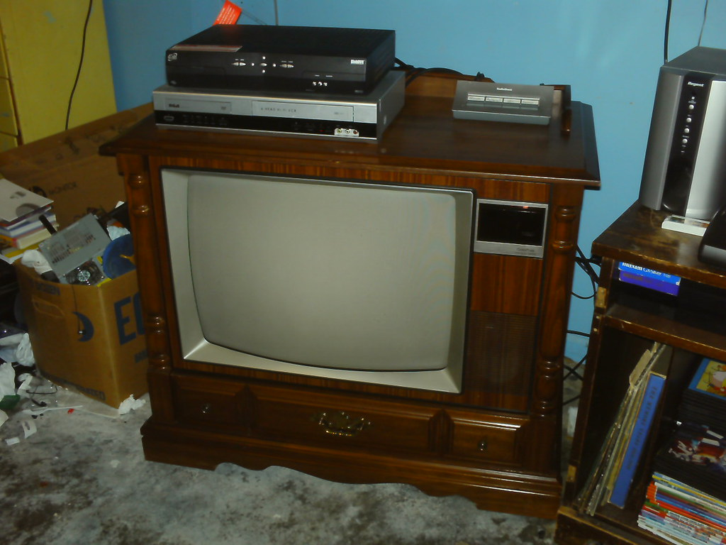 Rca Colortrak Tv While Going Through Winner S Annual