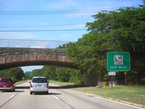 Meadowbrook State Parkway - New York | by Dougtone