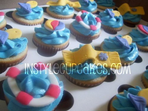 Beach And Water Themed Cupcakes Beach Themed Guava