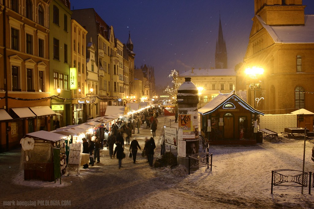 christmas market  toru u0144