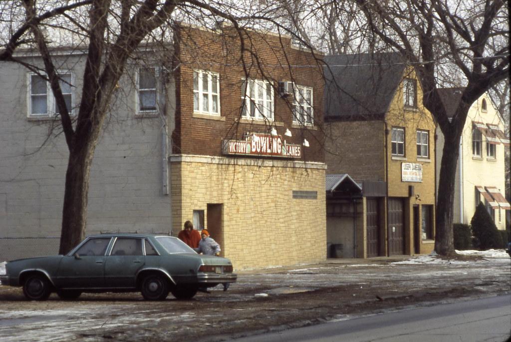 19860108 02 Victory Bowling Lanes, Riverside, IL | David Wilson | Flickr