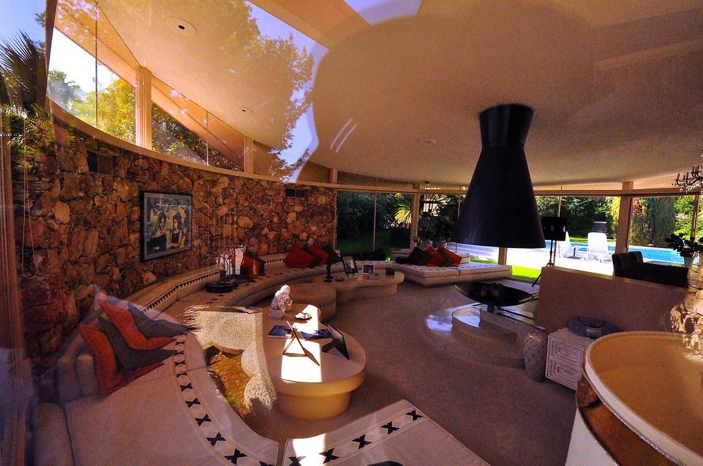 Elvis S House In Palm Springs Architect William Krisel