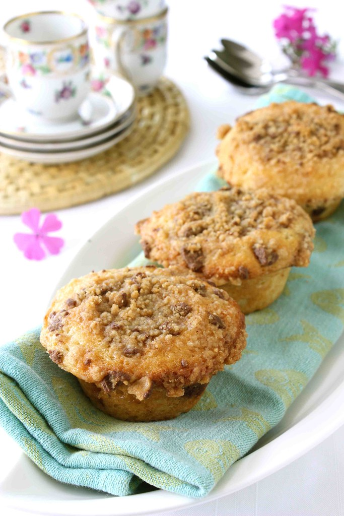 Heath Bar Chocolate & Toffee Coffee Cake Muffins Recipe ...