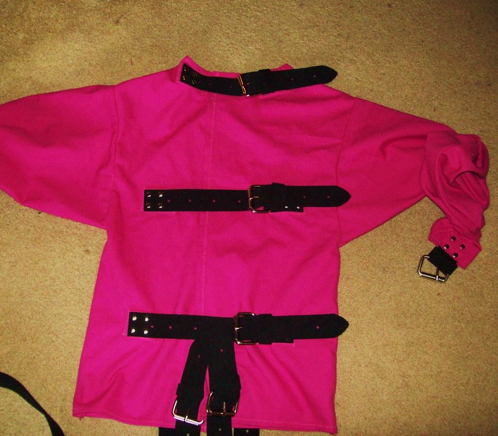 Pink Straight Jacket e4GPy1