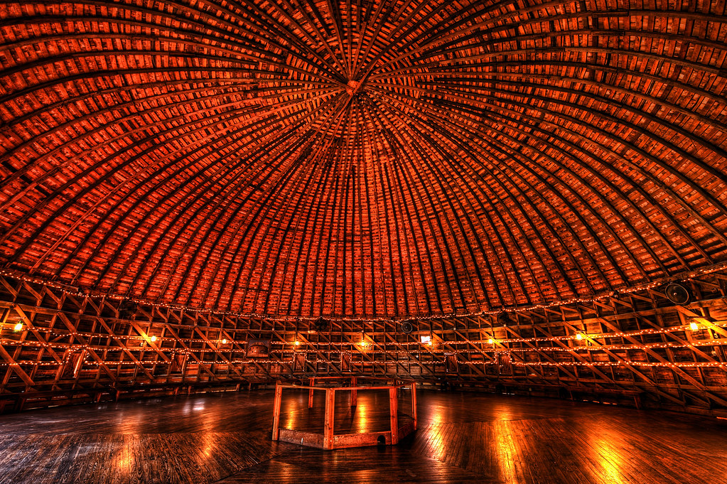 Route 66 Round Barn Inside