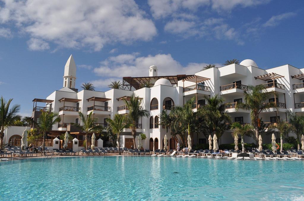 Hotel Con Piscina Calda Esterna
