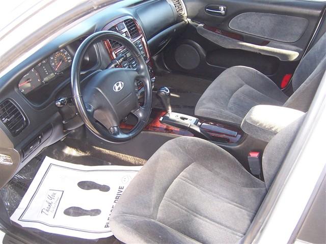 Hyundai Certified Pre-Owned >> 2005 Hyundai Sonata (interior), Bill Dube Hyundai, Boston ...