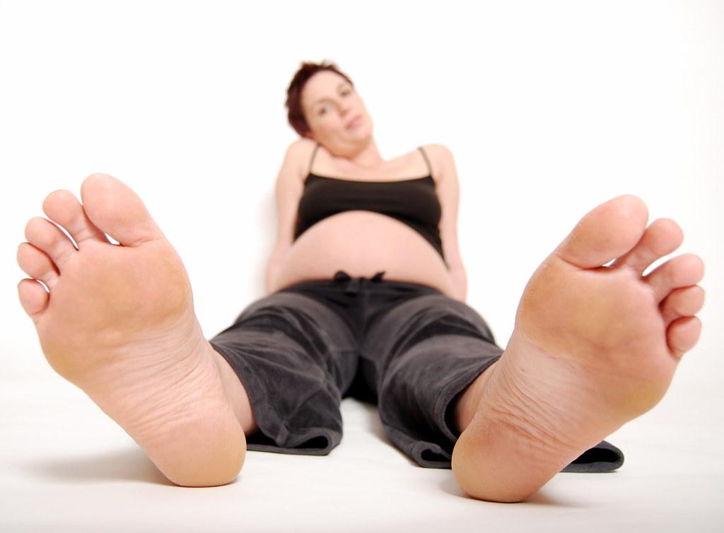 Big Mature Feet 37