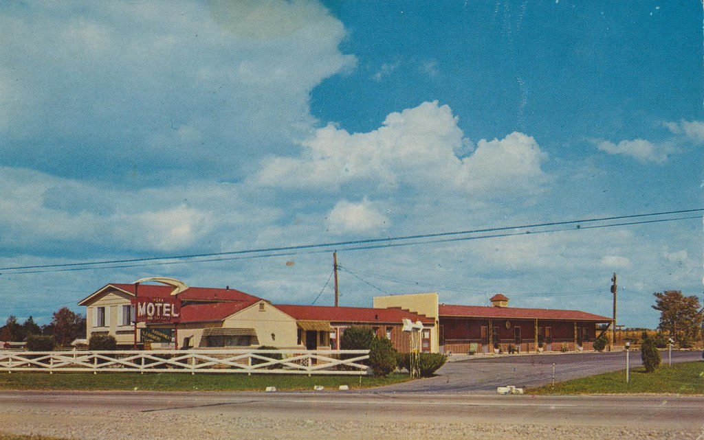Horn Motel & Restaurant - Ft. Wayne, Indiana